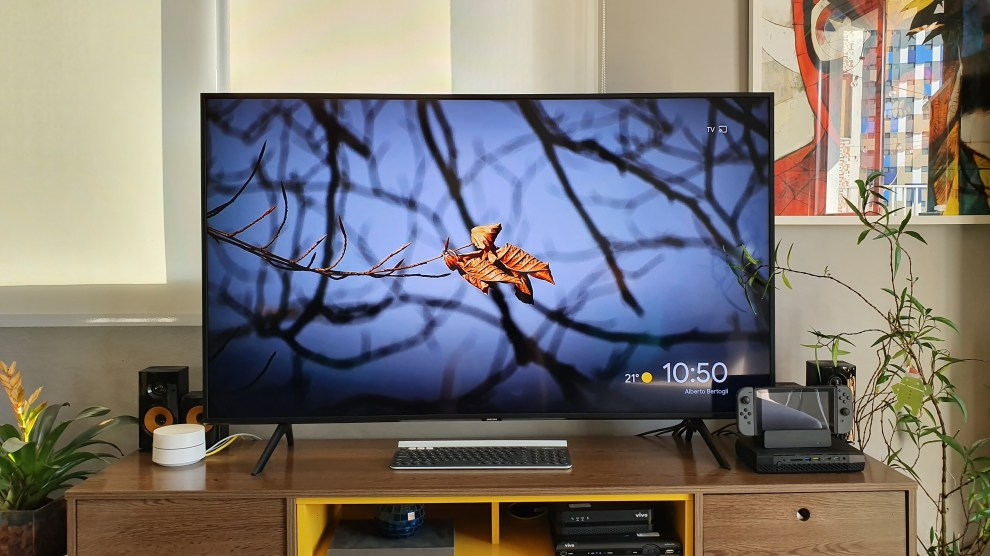 Review: Smart TV Samsung QLED Q60 4K traz experiência completa para sua sala