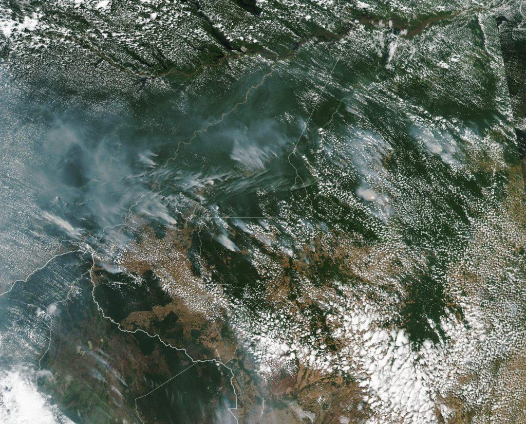 Imagem de satélite da NASA sobre as queimadas na Amazônia no dia 16 de agosto