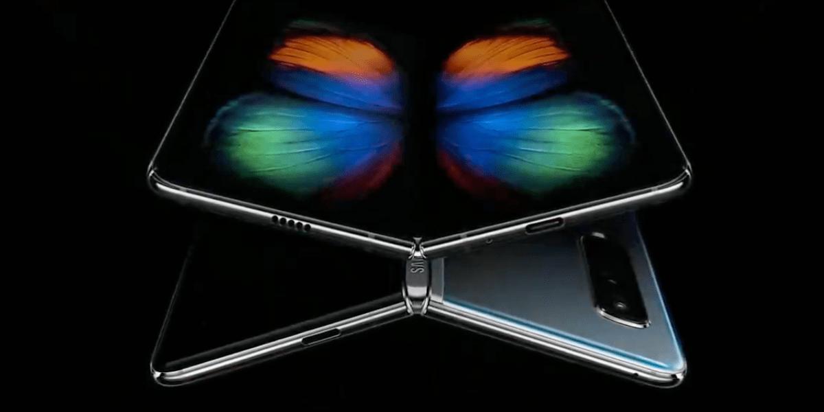 Galaxy Fold: Samsung relança smartphone dobrável por US$ 2 mil 3