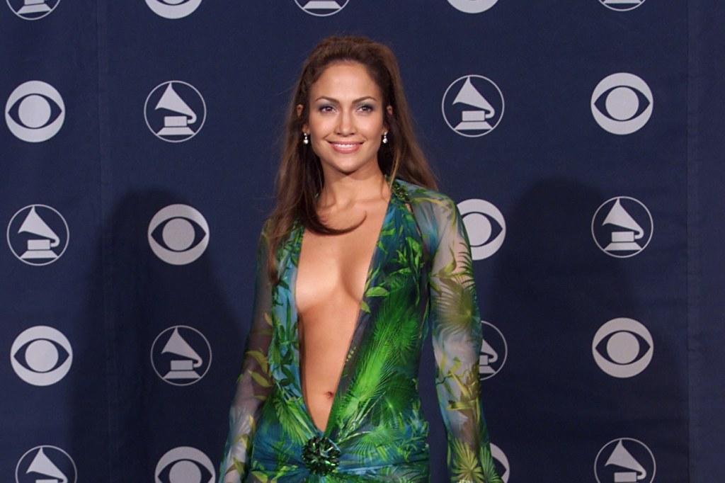 Jennifer Lopez e o vestido que inventou o Google Imagens