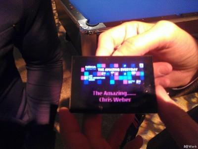 misterious nokia device - Executivo da Nokia passeia com novo gadget