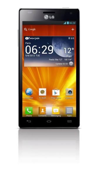 4X HD main cut20120515165947597 551x1000 - LG lança quad-core Optimus 4X HD no Brasil