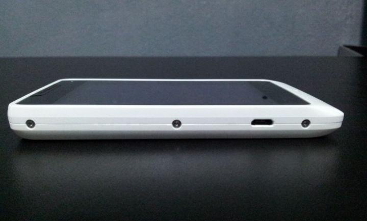 IMG 20130409 1748046 720x434 - Review: Motorola RAZR D1 (XT918)