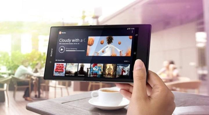 xperia z ultra 7 720x398 - Sony Mobile anuncia o phablet Xperia Z Ultra no Brasil