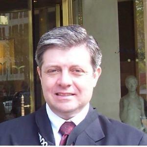 Carlos de Souza, diretor comercial da Jabra Brasil