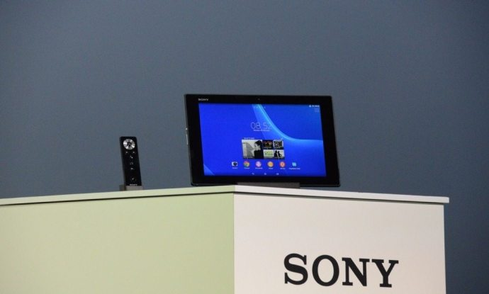 Sony Xperia Z2 tablet 2 720x434 - Sony anuncia novos wearables, Xperia Z2, Z2 tablet e Xperia M2