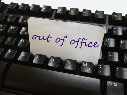 """out of office 720x540 - Empresa recomenda """"Dar férias ao E-mail"""""""