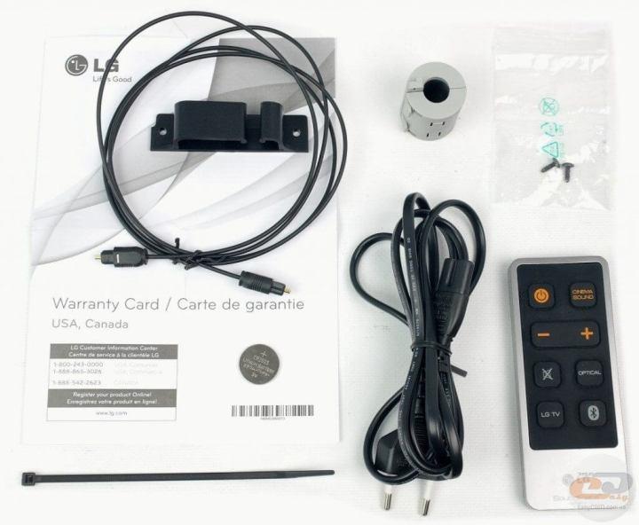 Kit de acessórios do SoundPlate. Mas você pode dispensar o cabo óptico pelo Bluetooth