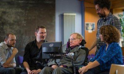 hawking5 blog crop 1024x568 600x332 - Swiftkey ajuda Stephen Hawking a se comunicar