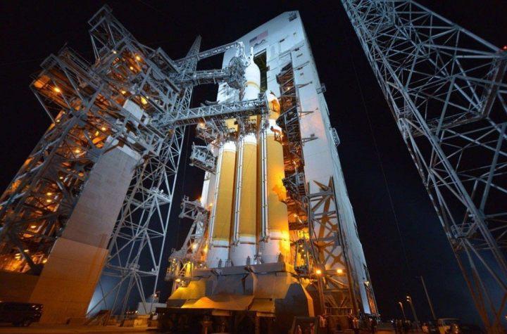 orion rocket launch 720x475 - Missão Orion é lançada com sucesso: assista ao lançamento (vídeo)