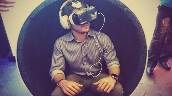 samsung gear vr oculus 720x405 - Samsung Gear VR: você já pode comprar o seu por U$200