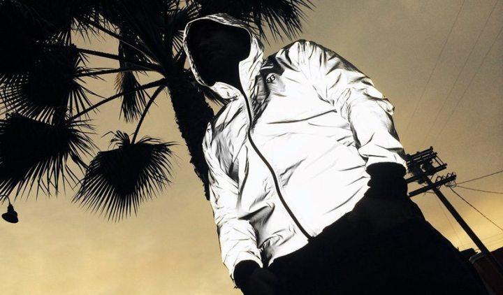 betabrand flashback clothing collection designboom08 720x422 - Roupa anti-paparazzi esconde seu rosto nos flashs