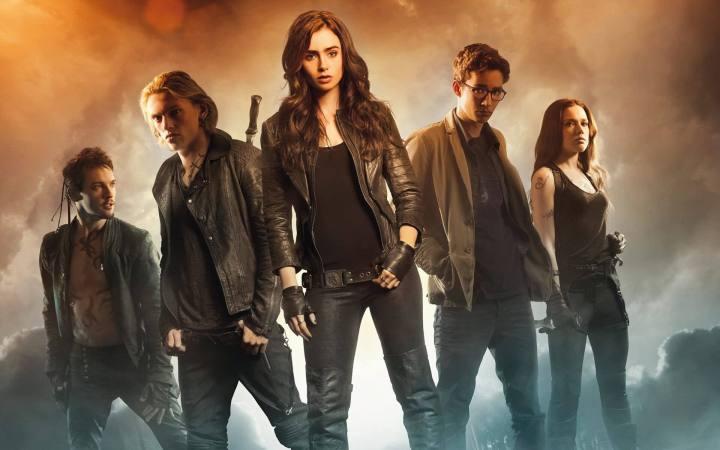 """the mortal instruments city of bones movie wide 720x450 - Canal ABC encomenda Shadowhunters, """"reboot"""" da série Os Instrumentos Mortais"""
