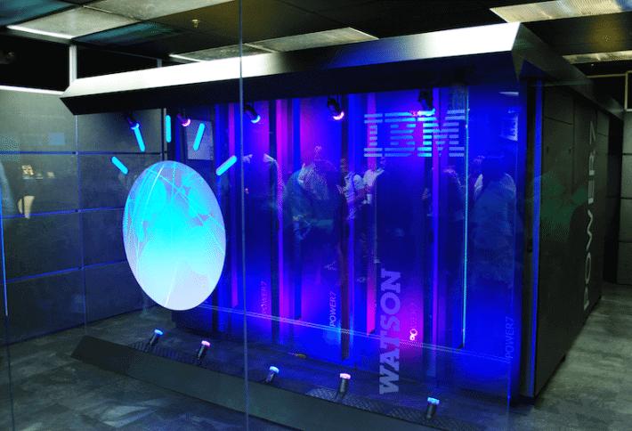 Watson, o supercomputador da IBM, pronto para fazer aquela refeiçãozinha Thai