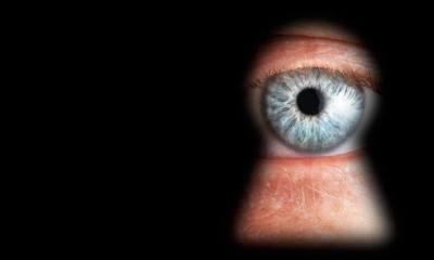 no privacy - Sem privacidade! Snowden afirma que EUA pode espionar até mesmo fotos íntimas