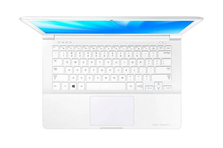 Samsung-ATIV-Book-9-Lite_NP905S3G-KD1BR-2