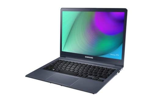 samsung style notebook preto 2 720x480 - Samsung lança quatro novas linhas de notebooks no Brasil