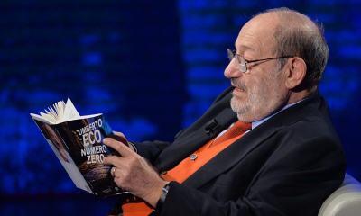 """smt umbertoeco book - Ecos da polêmica! Escritor italiano diz que redes sociais deram voz à """"legião de imbecis"""""""