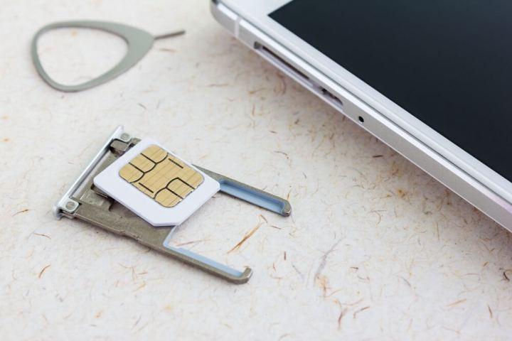 carto sim 720x480 - Apple e Samsung devem fazer o chip SIM desaparecer