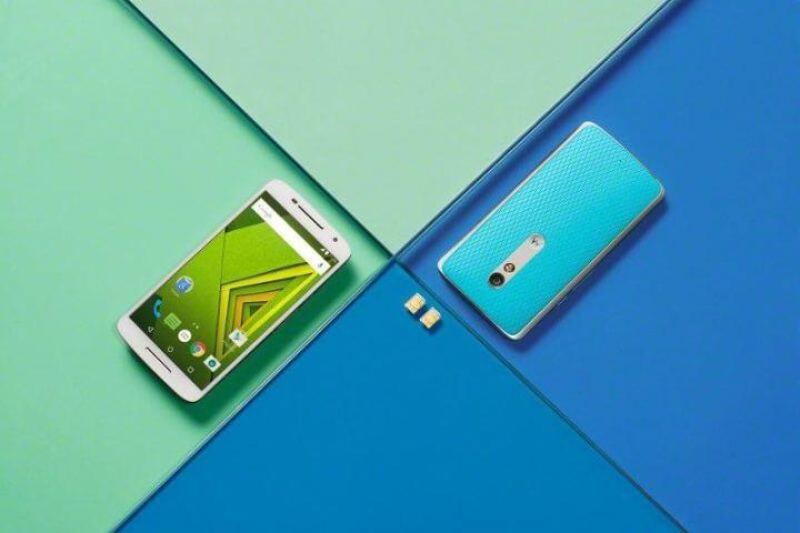 moto x play blue white lifestyle 720x480 - Motorola lança Moto X Play no Brasil; Saiba tudo sobre ele