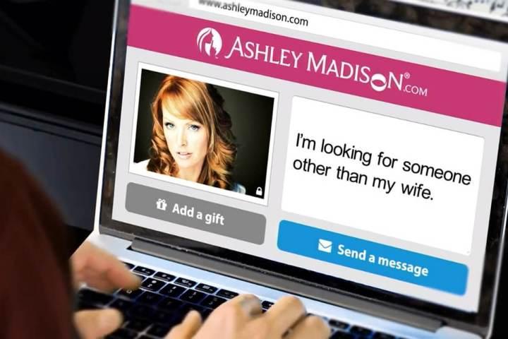smt ashleymadison note 720x480 - Cerca furada: Vazamento de quase 10GB de dados deixa usuários do Ashley Madison em alerta