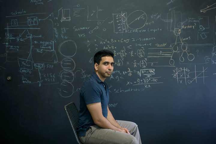 smt khan p1 720x480 - TED Talks: A educação audiovisual, por Salman Khan