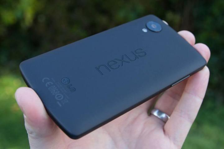 smt newnexus p1 720x480 - Novo Nexus 5 da LG deve ter sensor de impressão digital traseiro