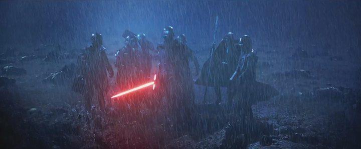 14 720x298 - Examinamos o segundo trailer de Star Wars: O Despertar da Força