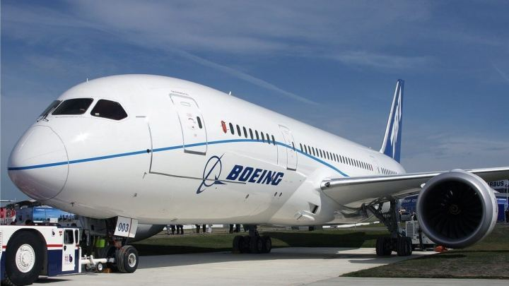 smt-Boeing-Plane