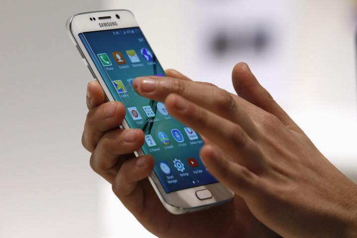 smt galaxys7 p1 720x480 - Galaxy S7 poderá ter tela com tecnologia semelhante à 3D Touch