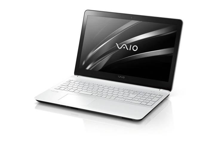 vaio fit 15f branco 1 720x480 - Evento da Microsoft reúne diversos dispositivos Windows 10