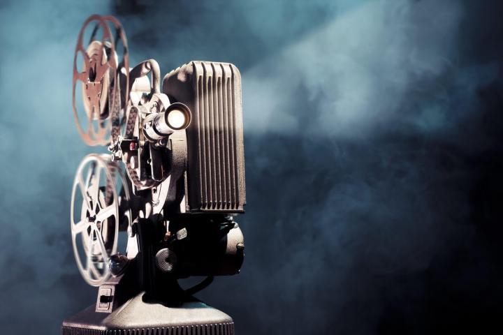 smt dashbon p1 720x480 - Tenha seu próprio cinema portátil com o Dashbon da Flicks