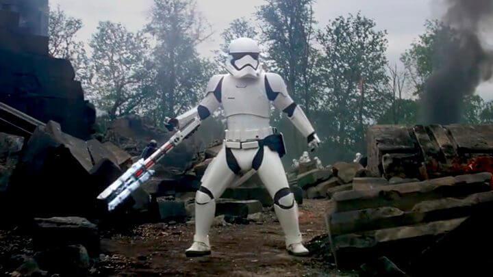 first order stormtrooper traitor 720x405 - Traidor! Blu-Ray de 'Star Wars: O Despertar da Força' vaza na internet
