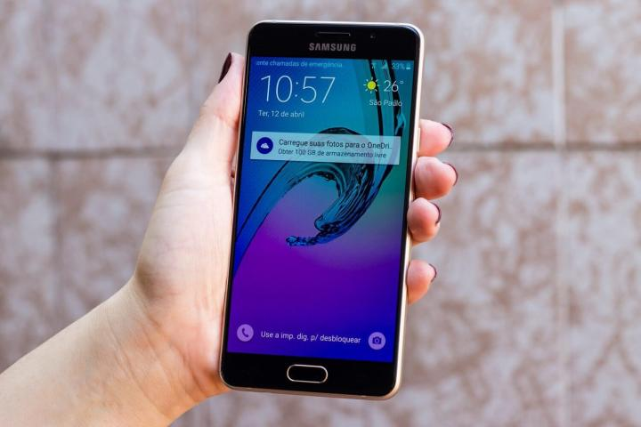 galaxy a5 2016 1 720x480 - Review Galaxy A5 (2016): um degrau abaixo do S7
