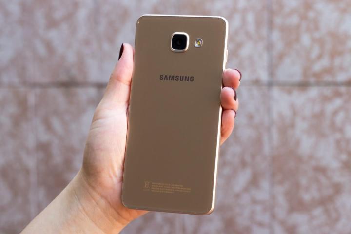 galaxy a5 2016 11 720x480 - Review Galaxy A5 (2016): um degrau abaixo do S7