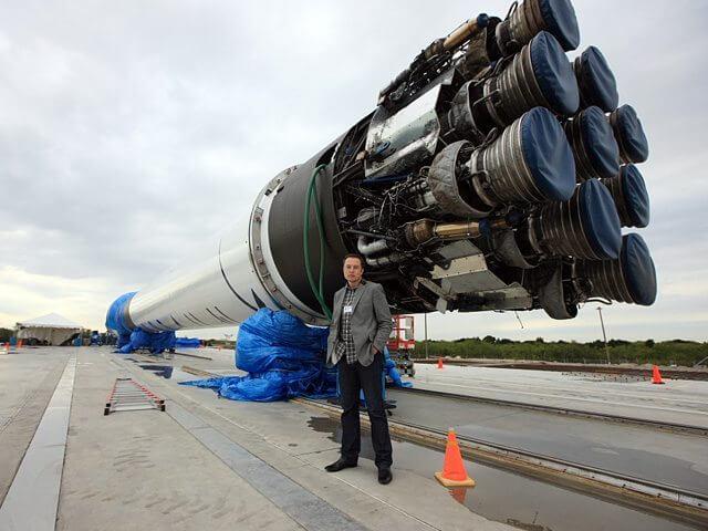 elonf9 - Veja o pouso fantástico do foguete da SpaceX em um vídeo 360º