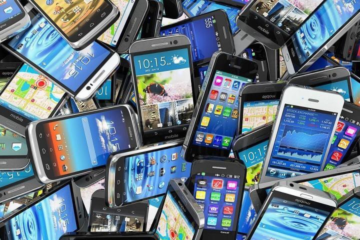 Guia de Smartphones da Lojas Lebes ajuda clientes a encontrar o aparelho ideal 6