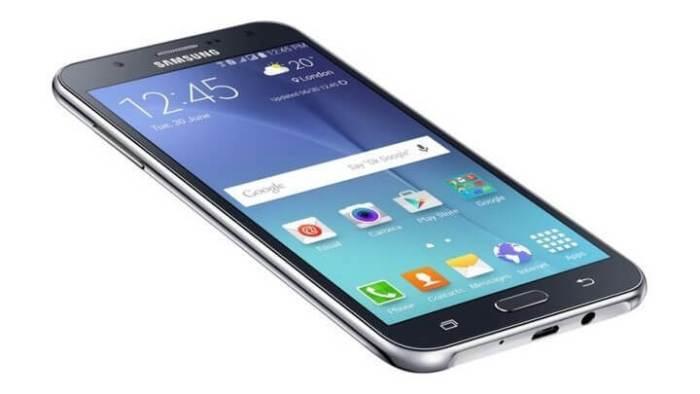 O Galaxy J5 continua sendo o mais procurado