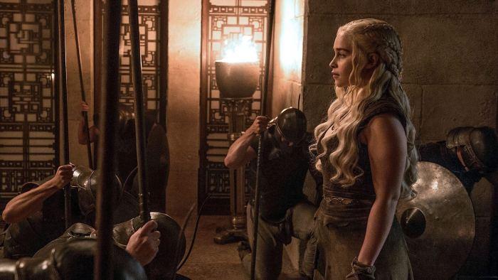 Daenerys chegando em Meereen 720x405 - O que esperar do penúltimo episódio de Game of Thrones?