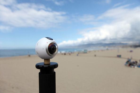 Faça vídeos e fotos incríveis com uma ou duas câmeras