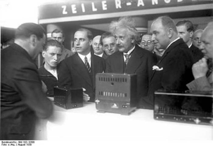 Albert Einstein participou da abertura da feira em 1930.