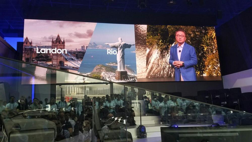 Lançamento simultâneo no Rio e em outras cidades do mundo