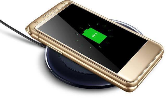 1478250648 samsung w2017 2 - [Rumor] Samsung lançará o SM-W2017, um flip-phone top de linha por US$ 3000