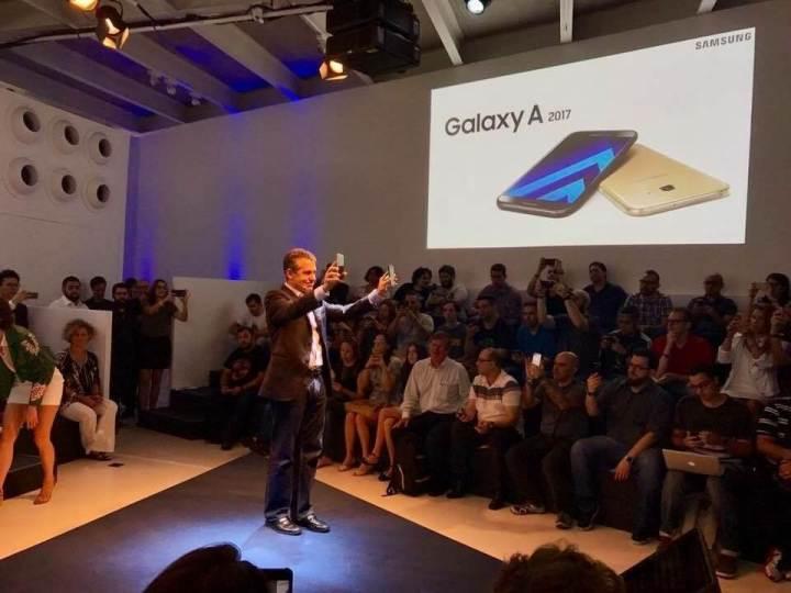 IMG 0974 720x540 - Samsung anuncia linha Galaxy A 2017 no Brasil; veja preços e disponibilidade