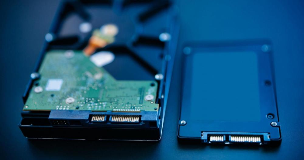 HDD HD SSD size comparison tamanho WD versus - REVIEW: SSD WD BLUE da Western Digital