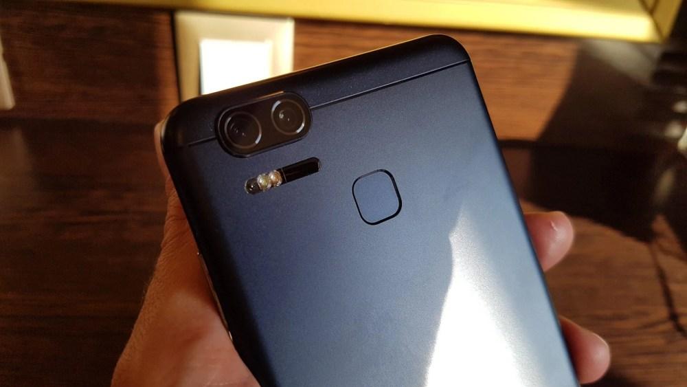 Camera-ZenFone-3-ZOOM