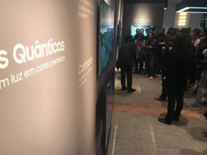 19401122 10207484274505075 1569832135 o 720x540 - Ainda melhor! Samsung anuncia nova linha de Smart TVs 4K QLED no Brasil