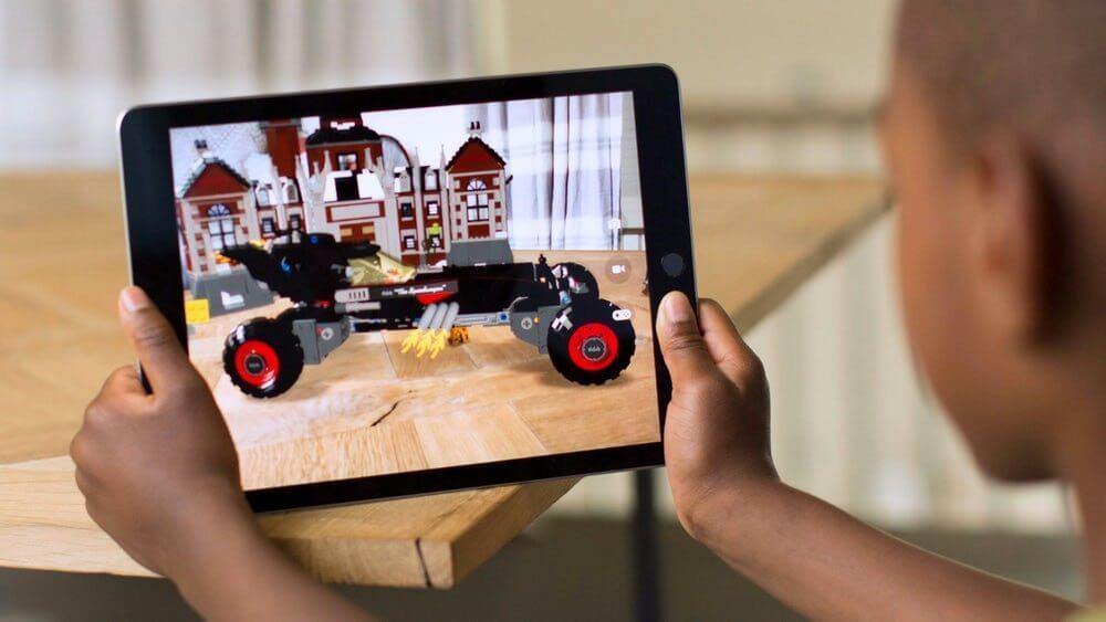 apple arkit ar glasses future 1 - Como a Apple, Google e Microsoft estão construindo um futuro AR
