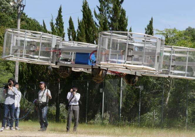 flying - Japoneses querem acender tocha olímpica com carro voador