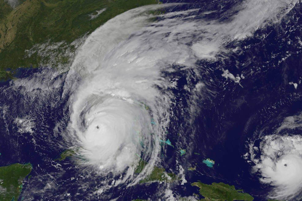 IRMA - Afinal, dá para jogar uma bomba nuclear num furacão?